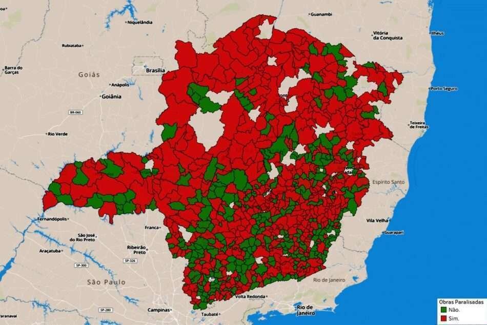 mapa com marcação de cidades com obras paradas em minas gerais