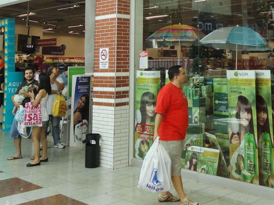 expectativas do comércio caem pela primeira vez em Minas desde agosto